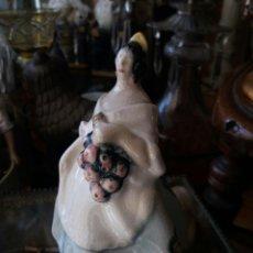 Antigüedades: BONITA VALENCIANA DE CERÁMICA PEYRO. Lote 106167704