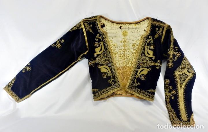 Antigüedades: t1 Maravillosa chaqueta corta, torera goyesca hilos de oro en vistas y terciopelo. fines XVIII - Foto 2 - 106176259