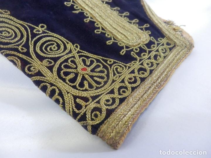 Antigüedades: t1 Maravillosa chaqueta corta, torera goyesca hilos de oro en vistas y terciopelo. fines XVIII - Foto 10 - 106176259