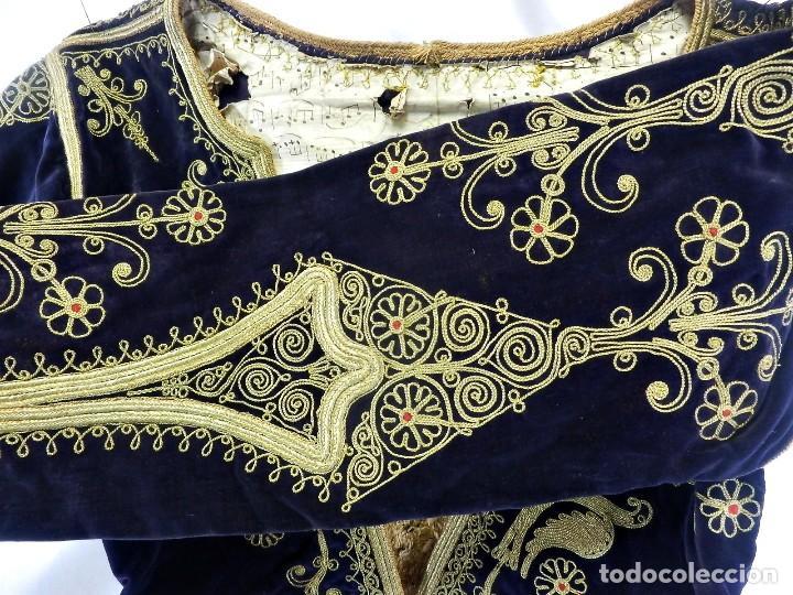 Antigüedades: t1 Maravillosa chaqueta corta, torera goyesca hilos de oro en vistas y terciopelo. fines XVIII - Foto 11 - 106176259