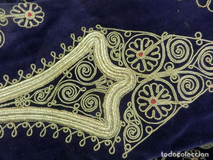 Antigüedades: t1 Maravillosa chaqueta corta, torera goyesca hilos de oro en vistas y terciopelo. fines XVIII - Foto 12 - 106176259