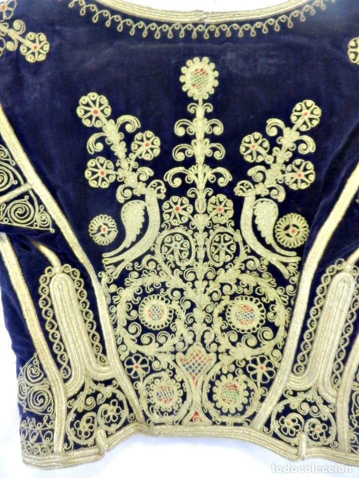 Antigüedades: t1 Maravillosa chaqueta corta, torera goyesca hilos de oro en vistas y terciopelo. fines XVIII - Foto 13 - 106176259