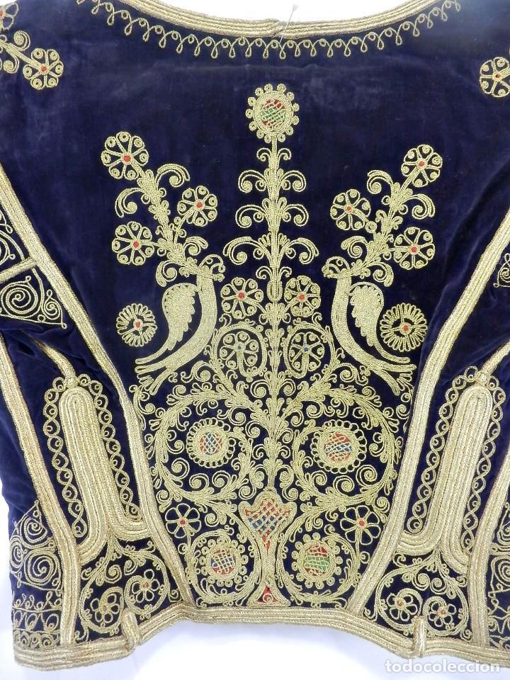 Antigüedades: t1 Maravillosa chaqueta corta, torera goyesca hilos de oro en vistas y terciopelo. fines XVIII - Foto 14 - 106176259