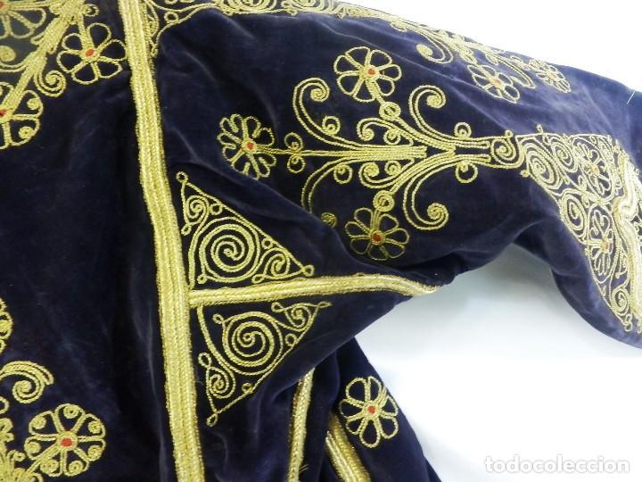 Antigüedades: t1 Maravillosa chaqueta corta, torera goyesca hilos de oro en vistas y terciopelo. fines XVIII - Foto 17 - 106176259