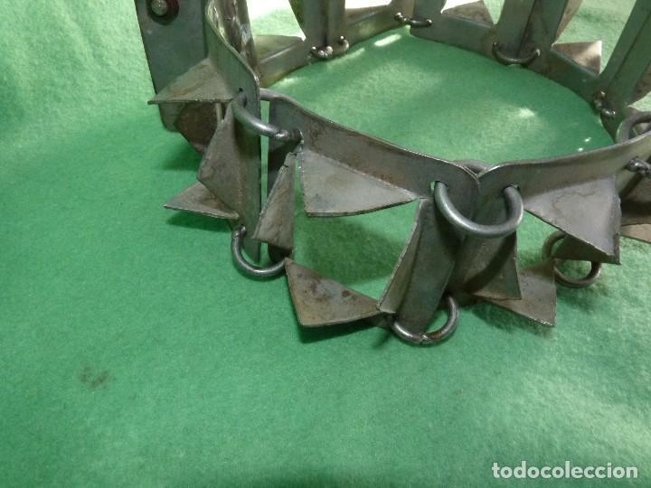 Antigüedades: IMPRESIONANTE CARLANCA TODO METAL COLLAR PERRO MASTIN PROTECCIÓN ATAQUES DEL LOBO CARRANCA AÑOS 40 - Foto 3 - 106191683