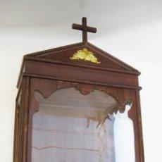 Antigüedades: CAPILLA HORNACINA RELIGIOSA PARA IMAGEN O VIRGEN EN MADERA . Lote 106419003
