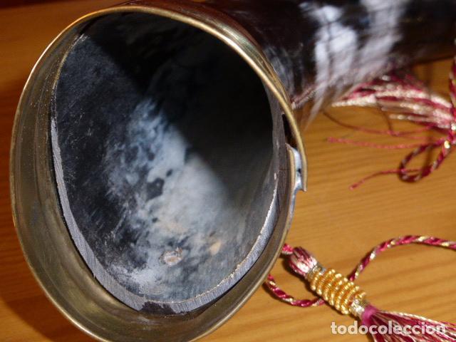Antigüedades: CUERNO DE CAZA DE ASTA DE BUFALO - Foto 3 - 106556711