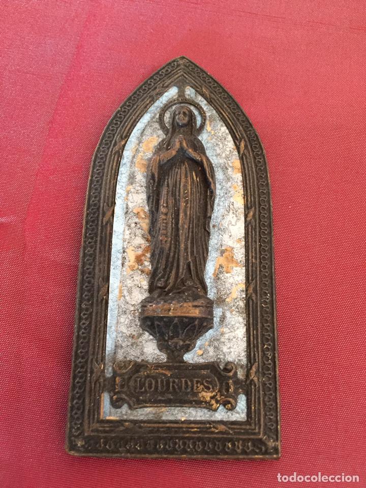 Antigüedades: Antiquísimo Portapaz relieve religioso de la virgen de Lourdes - Foto 4 - 106583784