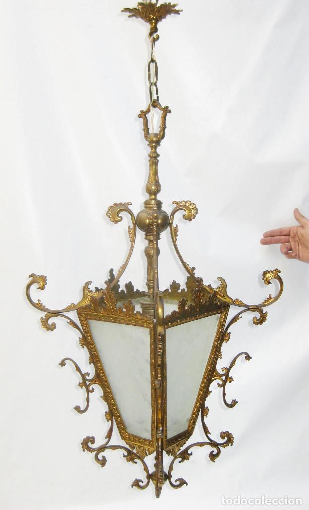 Antigüedades: GRAN LAMPARA ANTIGUA CIRCA 1920 FAROL ANTIGUO EN BRONCE DORADO Y CRISTAL TALLADO RESTAURADO - Foto 3 - 106585111