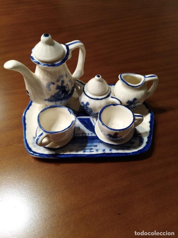 MINIATURA JUEGO DE CAFÉ HOLANDÉS CON SU BANDEJITA (Antigüedades - Porcelana y Cerámica - Holandesa - Delft)