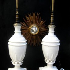 Antigüedades: ENORMES LAMPARAS ANTIGUAS CERAMICA MANISES PIÑA 82CM ALTURA IDEAL APARADOR TIENDA BARRA ETC . Lote 126419019
