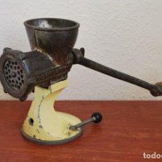 Antigüedades: PICADORA DE HIERRO - PERFECTION - AÑOS 50. Lote 106716443