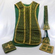 Antigüedades: T2 CASULLA DE SACERDOTE EN SEDA BROCADA CON COMPLEMENTOS PARA LITURGIA S XIX. Lote 106768339