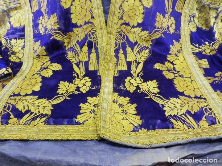 Antigüedades: t2 Espectacular capa pluvial s XVIII en seda, terciopelo e hilos de oro - Foto 3 - 106769527