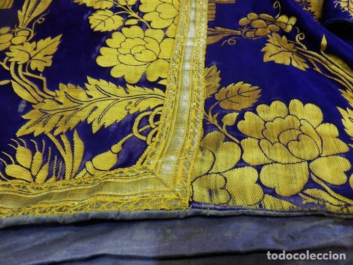 Antigüedades: t2 Espectacular capa pluvial s XVIII en seda, terciopelo e hilos de oro - Foto 5 - 106769527