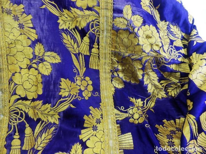 Antigüedades: t2 Espectacular capa pluvial s XVIII en seda, terciopelo e hilos de oro - Foto 6 - 106769527