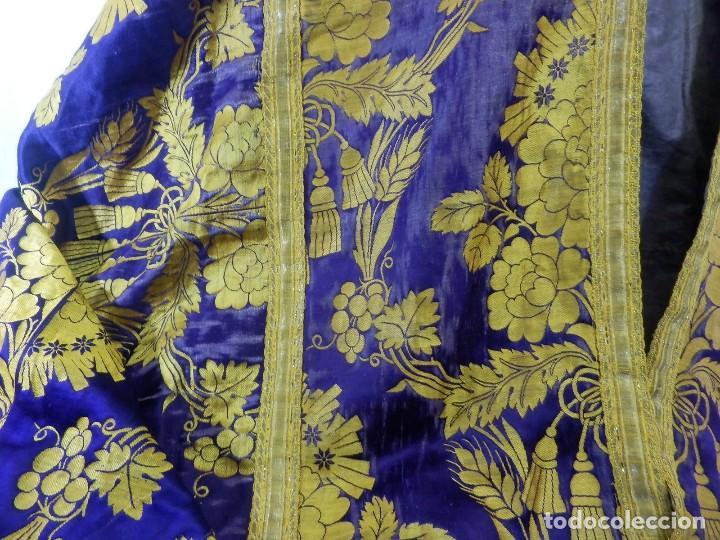 Antigüedades: t2 Espectacular capa pluvial s XVIII en seda, terciopelo e hilos de oro - Foto 7 - 106769527