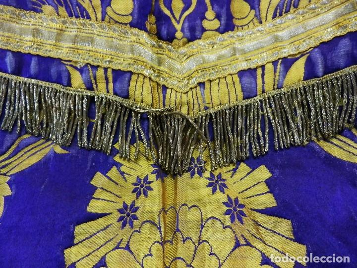 Antigüedades: t2 Espectacular capa pluvial s XVIII en seda, terciopelo e hilos de oro - Foto 11 - 106769527