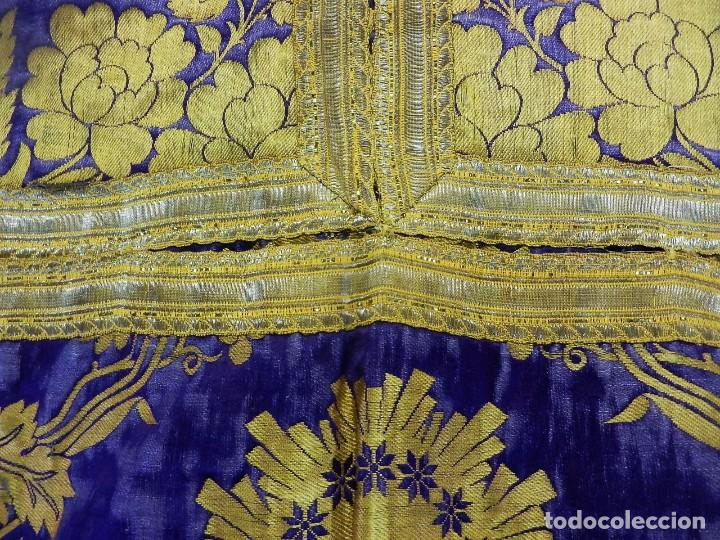 Antigüedades: t2 Espectacular capa pluvial s XVIII en seda, terciopelo e hilos de oro - Foto 12 - 106769527