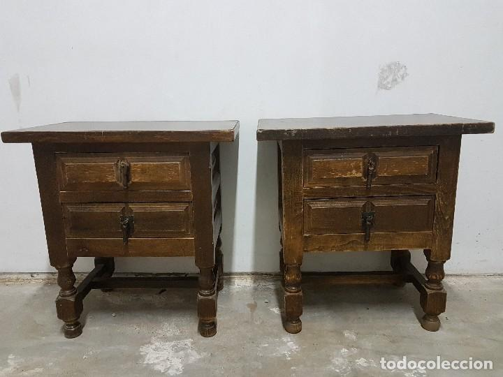 FANTASTICOS VELADORES ANTIGUOS DE MADERA MACIZA ESTILO RUSTICO VINTAGE COUNTRY ORIGINAL AÑOS 40 (Antigüedades - Muebles Antiguos - Veladores Antiguos)
