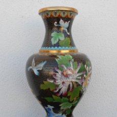 Antigüedades: GRANDE JARRON CHINA REPUBLICA FAMILLIE NOIRE CLOISONNE. Lote 106924471