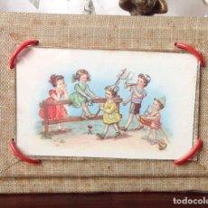 Antigüedades: ANTIGUO CUADRITO DE MESA INFANTIL AÑOS 30 , PRECIOSO Y ORIGINAL. Lote 106946615
