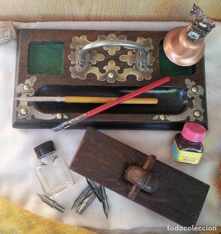 Antigüedades: Escribanía en madera. Años 60. Conjunto de escribanía con complementos. - Foto 2 - 107067395