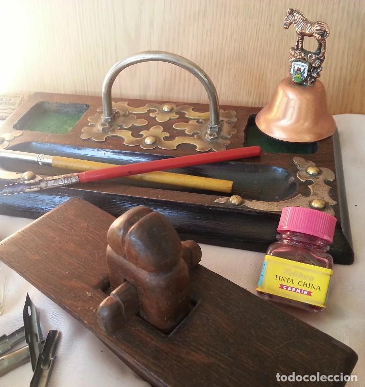 Antigüedades: Escribanía en madera. Años 60. Conjunto de escribanía con complementos. - Foto 5 - 107067395