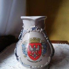 Antigüedades: ANTIGUA JARRA ALEMANA, CERAMICA O PORCELANA.. Lote 107083879