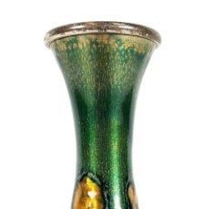 Antigüedades: JARRÓN DE METAL ESMALTADO. BASE DE PLATA. CIRCA 1960.. Lote 107092575