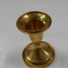 Antiquitäten - SOPORTE PARA VELA EN SUCEDANEO DE BRONCE. PORTAVELAS. PB28 - 107132027
