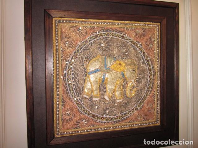 Antigüedades: cuadro tapiz de la india elefante hecho artesanalmente - Foto 4 - 107209427