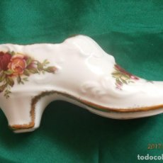 Antigüedades: ZAPATO DE PORCELANA COLECCION 'OLD COUNTRY ROSES' DE ROYAL ALBERT. Lote 107218251