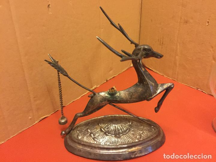 Antigüedades: Precioso ciervo calientacopas cognac Calentador de copas, antiguo en alpaca plateada, copa tallada - Foto 8 - 107251103