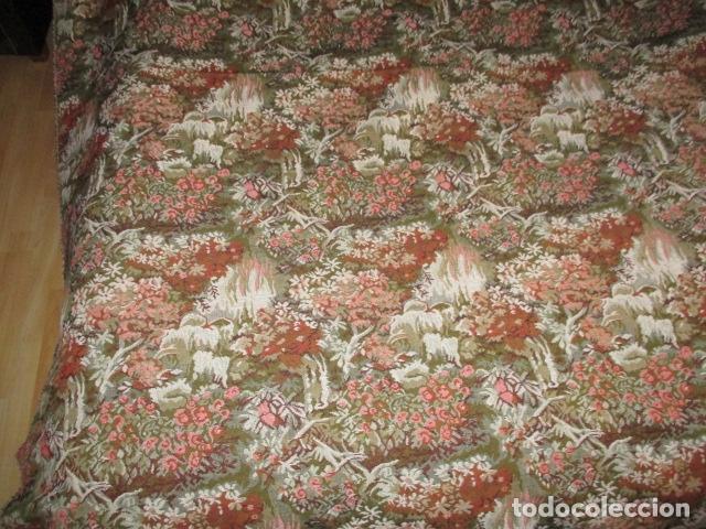 Antigüedades: Gran tapiz de 1,65 cm x 1,95 cm. - Foto 4 - 107296375