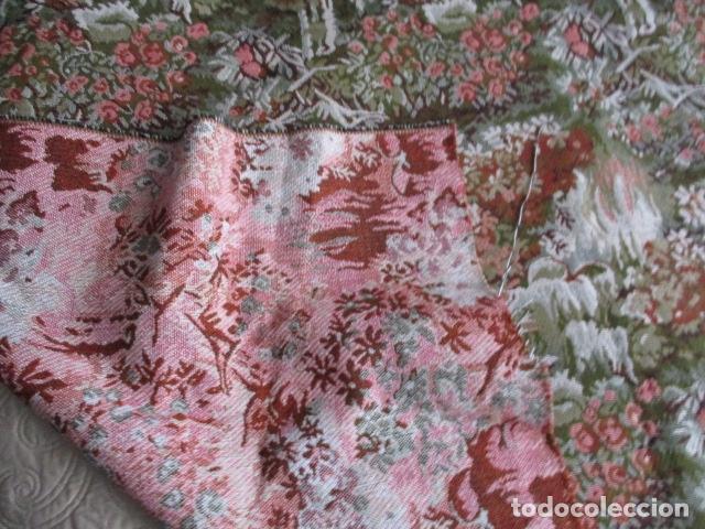 Antigüedades: Gran tapiz de 1,65 cm x 1,95 cm. - Foto 6 - 107296375