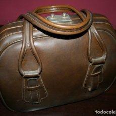 Antigüedades: ANTIGUO BOLSO TIPO MALETIN DE PIEL. Lote 107335103