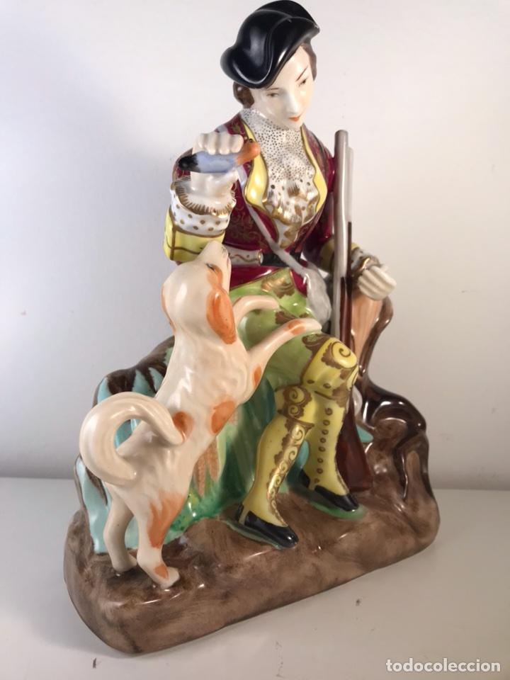 Antigüedades: Figura Porcelana- MAH Santa Clara Vigo- Cazadora- 22 cm - Foto 9 - 107359180
