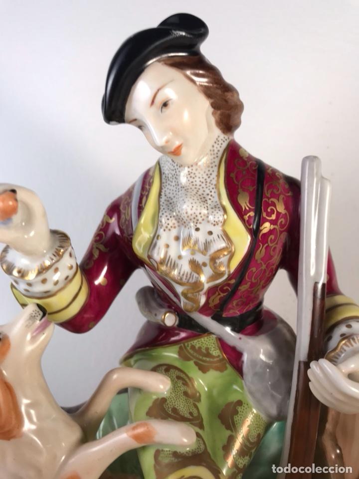 Antigüedades: Figura Porcelana- MAH Santa Clara Vigo- Cazadora- 22 cm - Foto 12 - 107359180