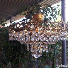 Antigüedades: ANTIGUA LAMPARA DE BRONCE Y CRISTALES. Lote 107367919
