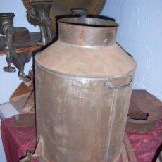 Antigüedades: LECHERA ANTIGUA CON GRIFO. Lote 107384475
