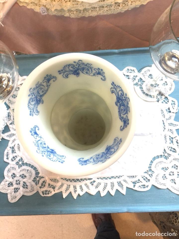 Antigüedades: Precioso jarron de opalina años 30/40, catalán. J. Cervera - Foto 3 - 107413992