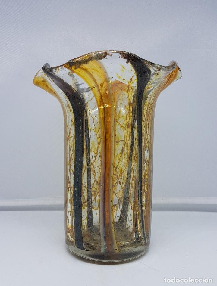Antigüedades: Jarrón florero antiguo en cristal de murano hecho a mano de la isla de la Laguna véneta ( Italia ) . - Foto 4 - 107419431