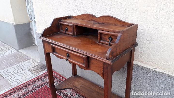 Antigüedades: Consola antigua estilo colonial. Mueble auxiliar secreter antiguo. Mesa auxiliar estilo rústico - Foto 3 - 107466515