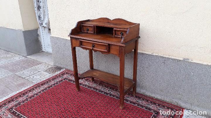 Antigüedades: Consola antigua estilo colonial. Mueble auxiliar secreter antiguo. Mesa auxiliar estilo rústico - Foto 4 - 107466515