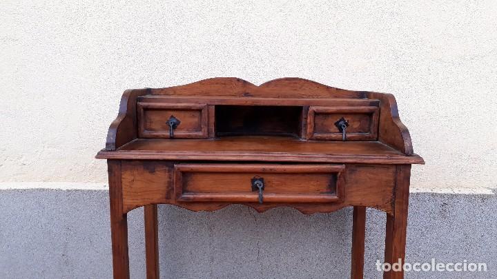 Antigüedades: Consola antigua estilo colonial. Mueble auxiliar secreter antiguo. Mesa auxiliar estilo rústico - Foto 10 - 107466515