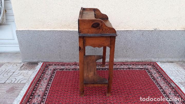 Antigüedades: Consola antigua estilo colonial. Mueble auxiliar secreter antiguo. Mesa auxiliar estilo rústico - Foto 12 - 107466515