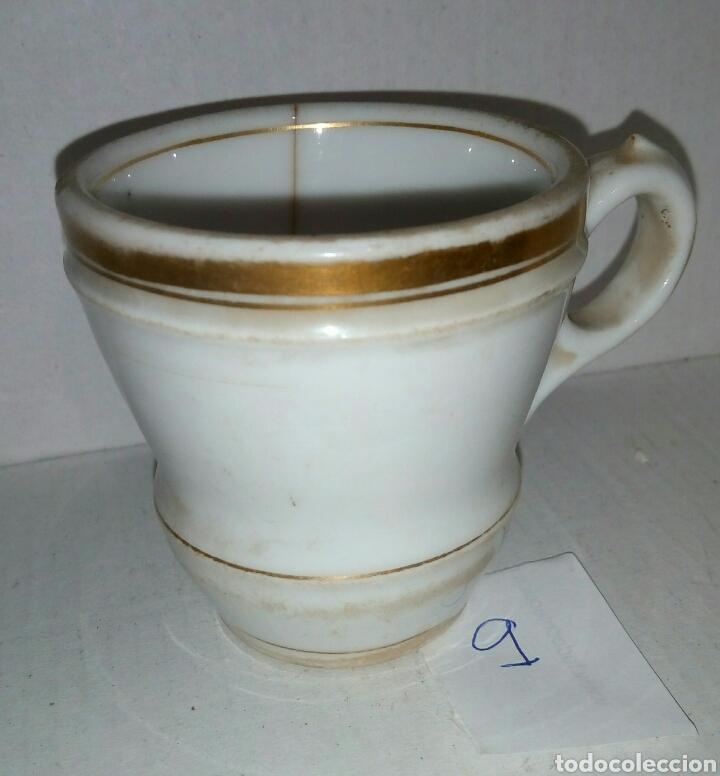 TAZA POCILLO PORCELANA. FILO EN ORO (Antigüedades - Porcelanas y Cerámicas - Otras)