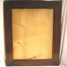 Antigüedades: MARCO ISABELINO S XIX, PLACADO MADERA DE CAOBA, RESTAURADO. MED. 35 X 42 CM. Lote 107558015