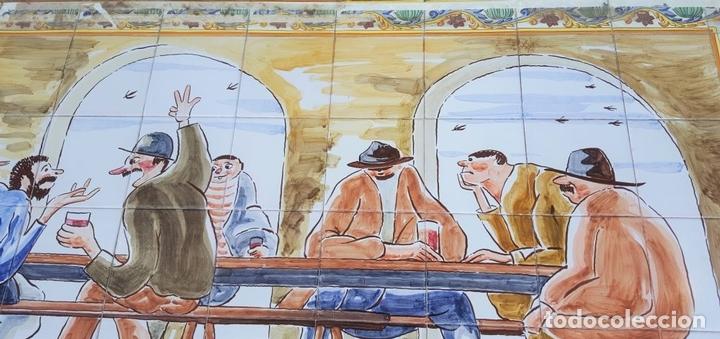 Antigüedades: ESCENA TABERNARIA. MURAL AZULEJOS. ESMALTADO A MANO. XAVIER NOGUÉS. ESPAÑA. MEDIADOS SIGLO XX. - Foto 4 - 100688247